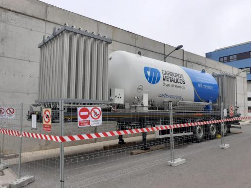 Nuevo tanque de oxígeno medicinal instalado en Can Misses.