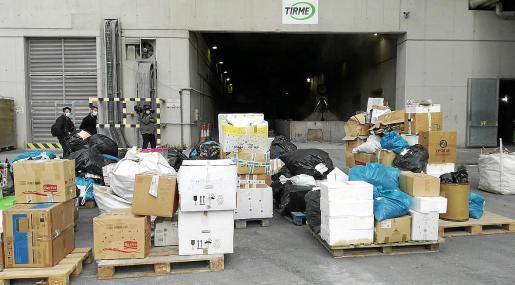 La partida de cocaína incautada en aguas pitiusas se incineró en Son Reus junto a otros alijos de droga.
