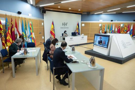 La ministra de Sanidad, Carolina Darias, preside por videoconferencia, con el ministro de Política Territorial y Función Pública, Miquel Iceta, la reunión del Consejo Interterritorial del Sistema Nacional de Salud.