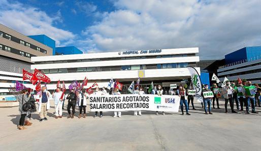 Protesta del pasado mes de noviembre contra los recortes del personal sanitario en Can Misses.