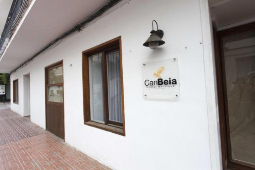Hostal Can Torres, rebautizado como Hostal Boutique Can Beia en Sant Antoni.