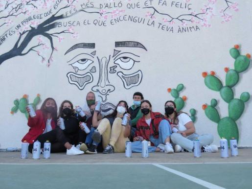 La actividad la coordinó la Apima del instituto junto al Consell de Formentera durante dos fines de semana y se completó estos días con los trabajos en la pared.