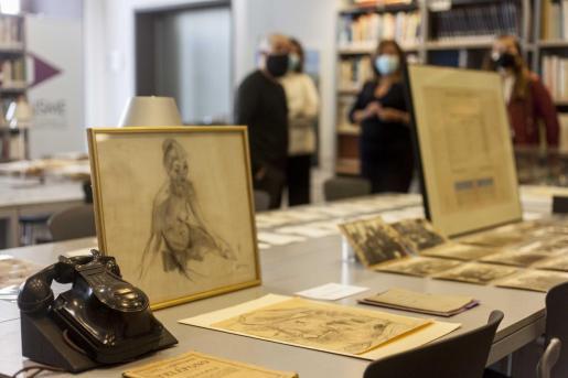 Las nuevas adquisiciones se presentaron ayer por la mañana en la sede del Arxiu, en el edificio de Can Botino de Dalt Vila.