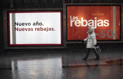 Las rebajas no salvan la contratación del comercio, que cayó casi un 25% en Baleares.