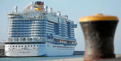 Navieras. Las principales navieras, como Costa, MSC, Aida o TUI Cruises, llevan meses adecuando sus flotas de cruceros para adaptarlas a todos los protocolos que impone la Unión Europea en la actual crisis sanitaria. Mayo y junio son los meses elegidos por algunas navieras, pero todo ello depende del Gobierno.