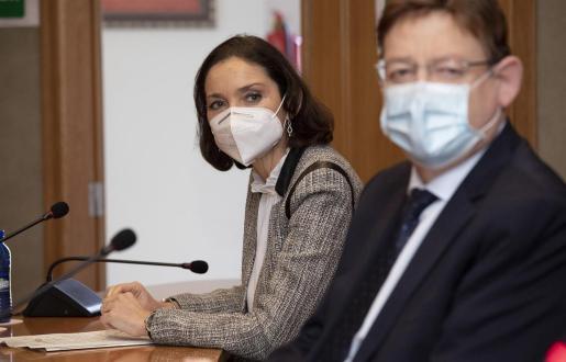 La ministra de Industria, Comercio y Turismo, Reyes Maroto, junto al presidente de la Generalitat, Ximo Puig - Carme Ripollés - Europa Press