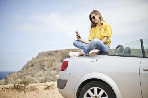 El sector de alquiler de coches espera una mejor temporada para Menorca este año.