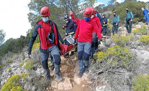 En el dispositivo participaron los Bomberos, Policía Local de Sant Antoni, Guardia Civil, Protección Civil y 061.