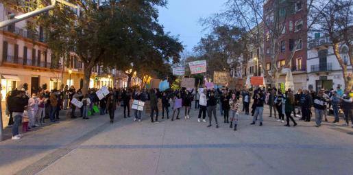 Momento de la concentración en Vara de Rey.