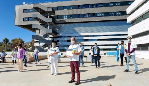 Médicos de Ibiza durante la huelga que organizaron el pasado octubre.