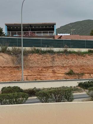El ayuntamiento de Ibiza ordena la paralización de unas obras sin licencia junto al segundo cinturón de ronda.