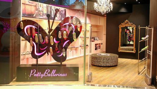 Las Pretty Ballerinas suponen el 70% de las ventas de la firma de Ferreries. En la imagen, la tienda ya abierta en Hong Kong.