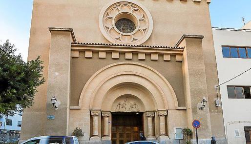Iglesia de Santa Cruz, donde no ofició ayer misa.