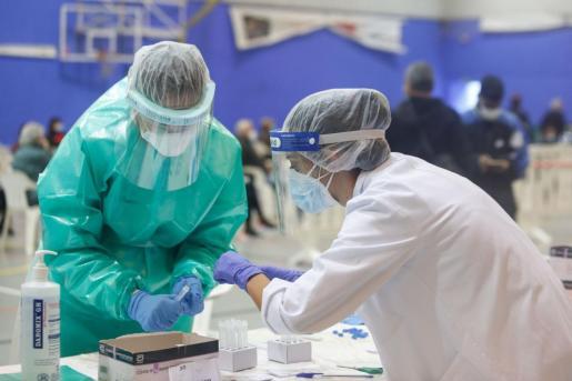 Cribado realizado en Es Pratet para contener los contagios de la tercera ola de la pandemia.