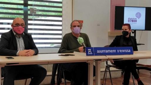 Eduardo Zuñiga, Aitor Morrás y Marian Ferrer ayer en la presentación.