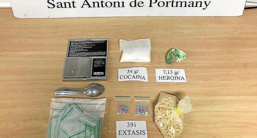 Imagen de archivo de una incautación realizada por la Policía Local.
