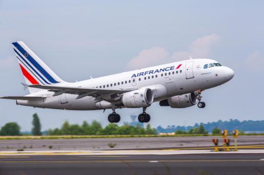 Air France inaugura con aviones A318 la ruta Ibiza-París Orly para este verano.