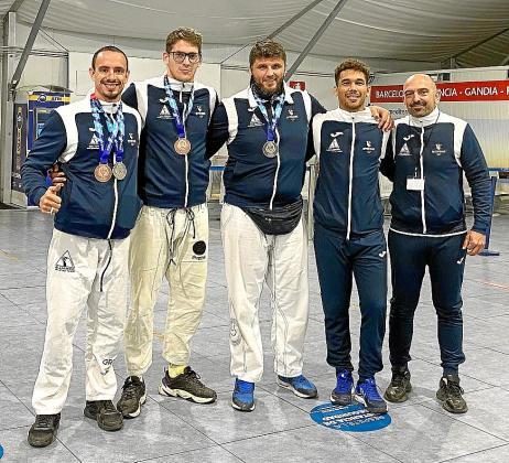 Una imagen del equipo Alliance Ibiza, con el delegado insularJosé Manuel Julián.