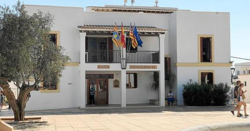 Fachada de la sede del Consell de Formentera.