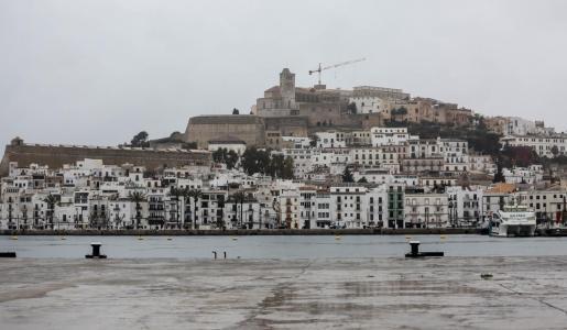 Una jornada de lluvias en Ibiza.