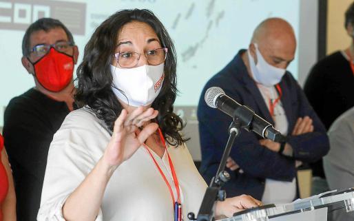 Consuelo López, en su primer discurso como secretaria general de CCOO Ibiza.