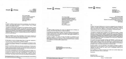 A la izquierda, la primera comunicación del Consell d'Eivissa con el Ministerio de Transportes el 16 de julio de 2019. En el centro, la carta que enviaron el 17 de octubre de 2019. A la derecha, la carta que envió Vicent Marí el 11 de febrero del año pasado.