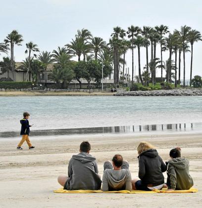 El turismo británico es el segundo mercado emisor a Balears, de ahí la importancia de todas las medidas que se adoptan para que lleguen turistas de este país en verano.