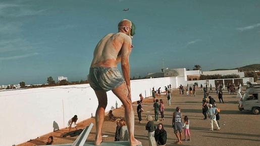 IbizaCineFest estrena el sábado en Santa Eulària el documental 'Human?'.
