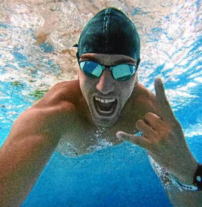 El nadador madrileño Rafael Megías, en una imagen tomada debajo del agua.