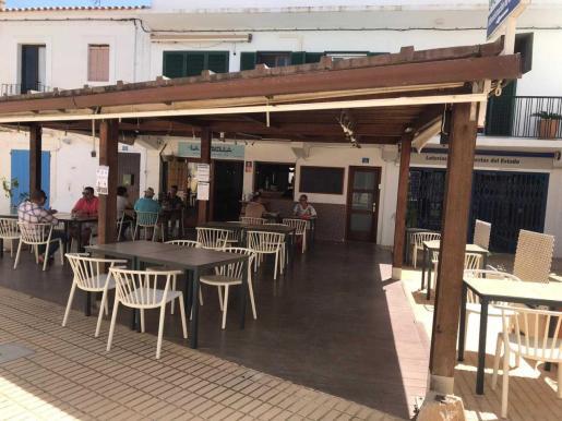Imagen de una terraza en Formentera.