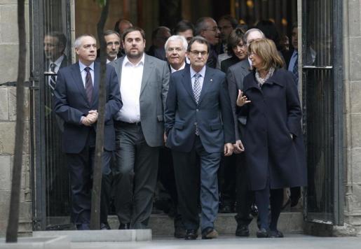 Mas se ha reunido hoy con los representantes de todas las fuerzas políticas de Cataluña para hacer un 'frente común' frente a la ley de Educación.