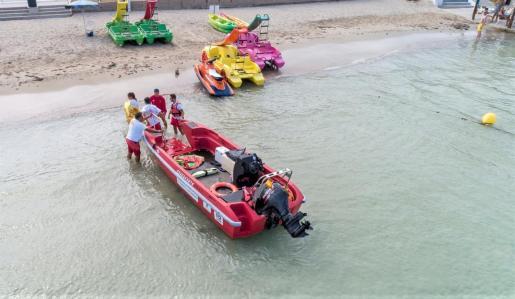 Sant Antoni adjudica el servicio de salvamento y socorrismo que empezará a funcionar a partir del 6 de mayo.