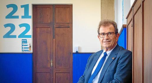 Llorenç Huguet creó la FUEIB en cumplimiento de su programa electoral de 1995.