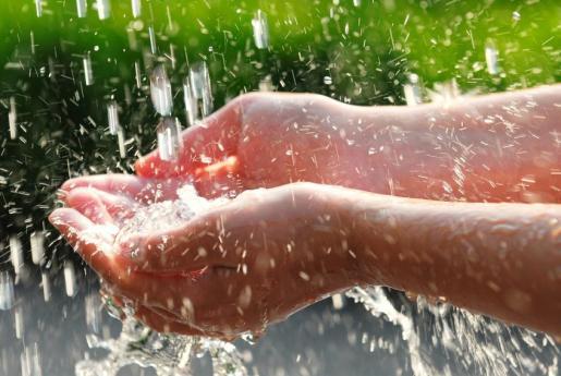 Tratar el agua de forma respetuosa con el medio ambiente es la especialidad de Aguaris.