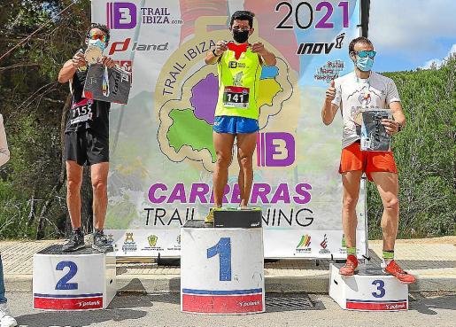 Van den Driessche, Aveiro y Bringué, en el podio de los 21 kilómetros.