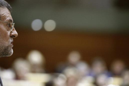 El presidente del Ejecutivo, Mariano Rajoy, durante la sesión de control al Gobierno celebrada esta tarde en el Senado.