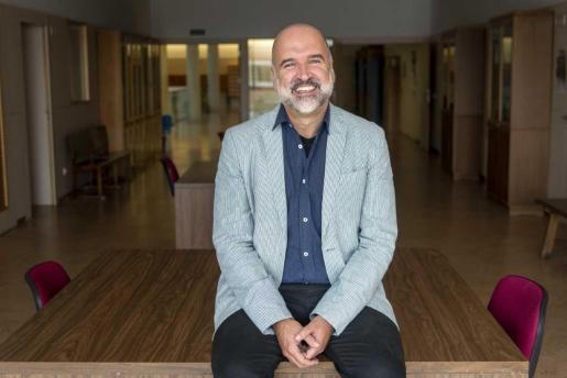 El escritor, cervantista, poeta y catedrático de Filología Románica de la Universidad Complutense de Madrid, José Manuel Lucía Megías.