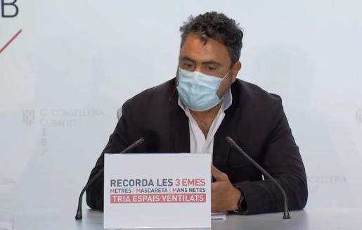 El jefe de microbiología, Antonio Oliver.