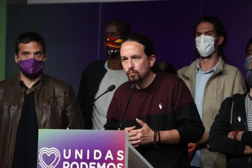 El líder de Unidas Podemos, Pablo Iglesias, comparece ante los medios, tras conocer los resultados de las elecciones a la Comunidad de Madrid.