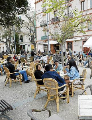 El horario de las terrazas de bares y restaurantes se ampliará.