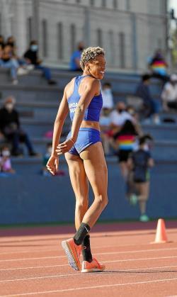 Yulimar Rojas baila para celebrar el mejor salto mundial del año.