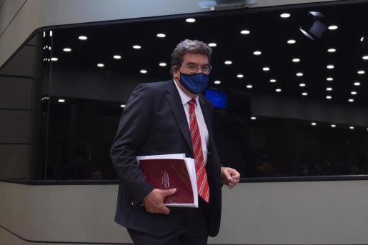 El ministro de Inclusión, Seguridad Social y Migraciones, José Luis Escrivá, a su llegada a una rueda de prensa para presentar las medidas del Ministerio en el Plan de Recuperación, Transformación y Resiliencia, a 11 de mayo de 2021, en Madrid (España). E - Alberto Ortega - Europa Press