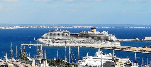 El protocolo solo permite las escalas de cruceros con recorrido exclusivo entre puertos españoles.