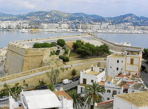 Imagen de archivo del baluarte de Santa Llúcia en Ibiza.