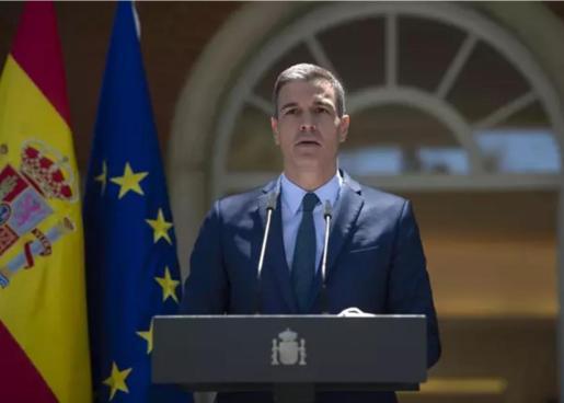 El presidente del Gobierno, Pedro Sánchez, ofrece una rueda de prensa tras la conclusión del Consejo de Ministros, a 18 de mayo de 2021, en Madrid.