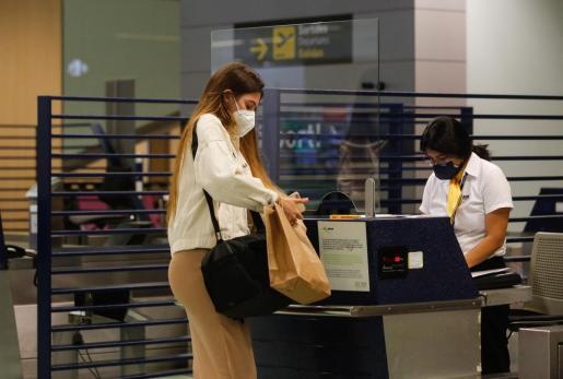 Zona de facturación del aeropuerto de Ibiza, en una imagen de archivo.