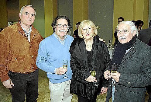 Francisco Díaz, segundo premio de fotografía; Tolo Albertí, Cati Fiol y Juan Cuní.