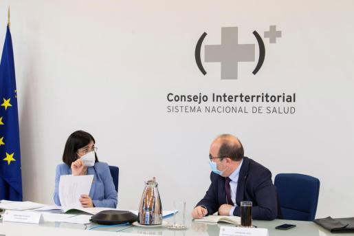 La ministra de Sanidad, Carolina Darias, preside por videoconferencia, junto al ministro de Política Territorial y Función Pública, Miquel Iceta, la reunión del Consejo Interterritorial del Sistema Nacional de Salud.
