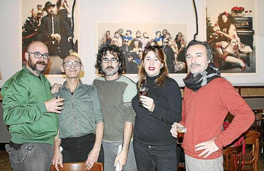 Bita, Fernando Estrella, Carlos Gispert, Pepa Charro y Xavi de las Heras.