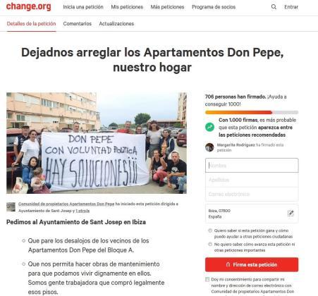 Vecinos de los Don Pepe recaudan firmas para poder reparar los apartamentos.